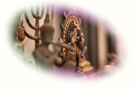 """Titelbild mit indischen Gottheiten von Ayahuasca Retreat \""""1 Tages Retreat\"""""""