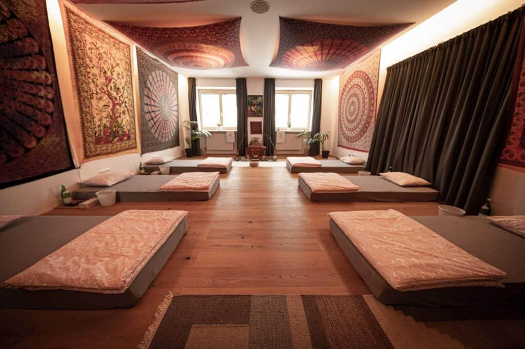 Ayahuasca Zeremonienraum für die Gruppen- und Einzel-Retreats