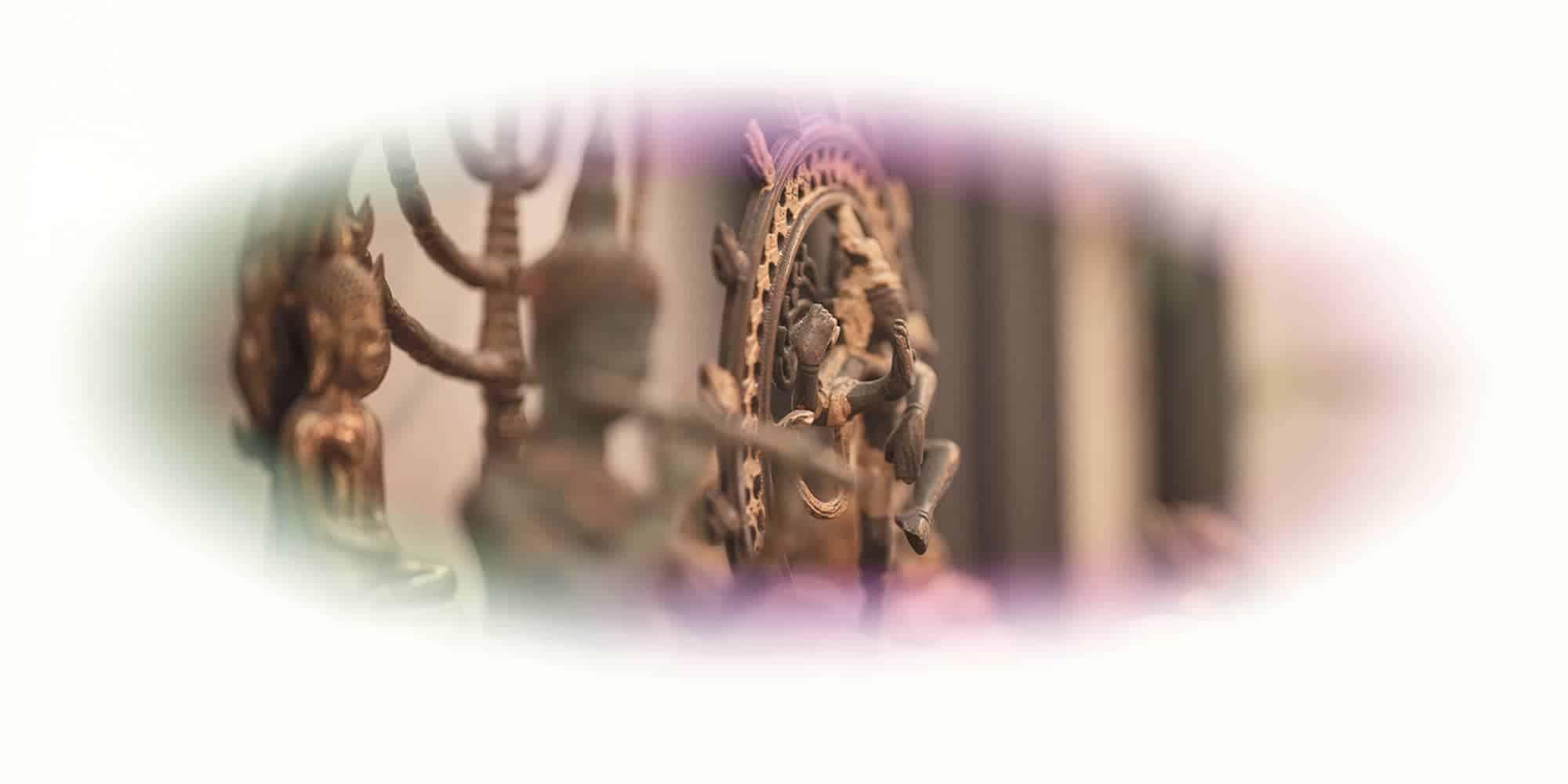 """Titelbild mit indischen Gottheiten von Ayahuasca Retreat """"1 Tages Retreat"""""""
